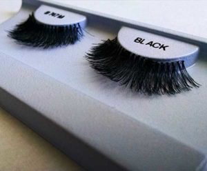 Magnetic Lashes in box