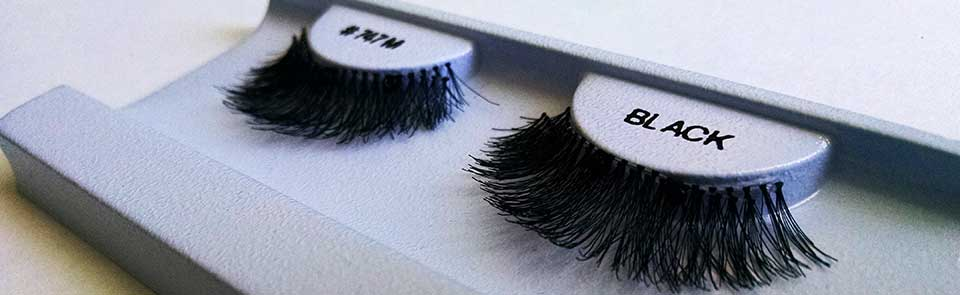 Get Your Magnetic Lashes!